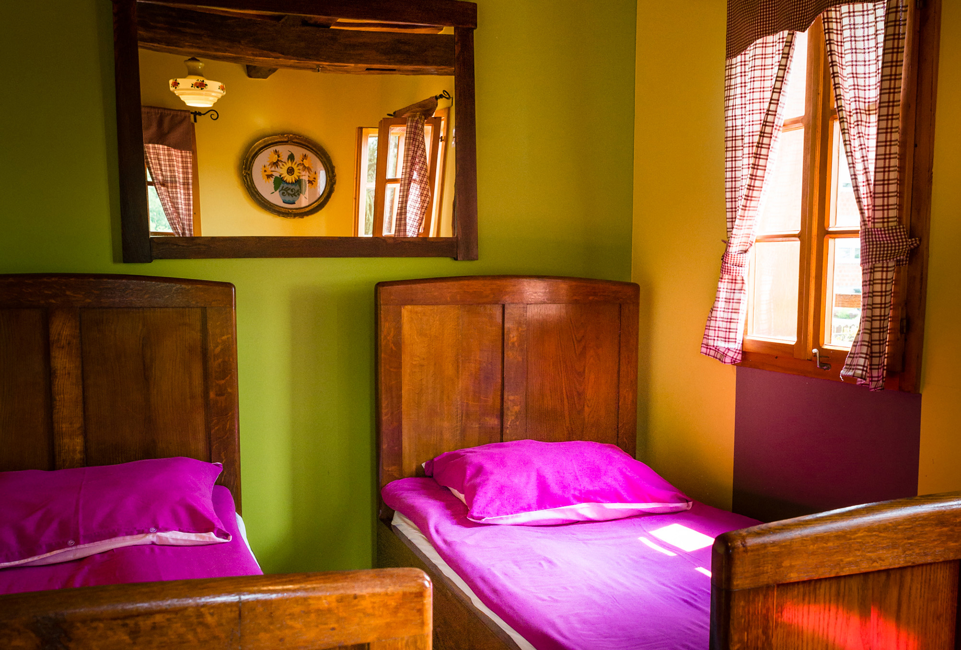 Soba s 2 odvojena kreveta